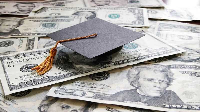 Student loan consolidation warnings